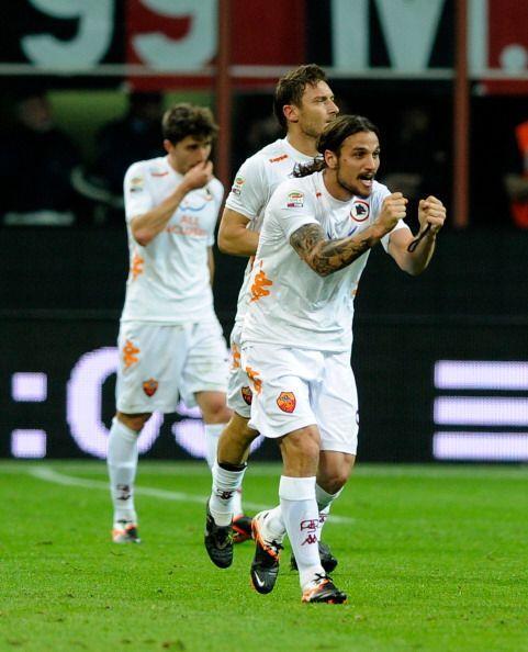 El italo-argentino Pablo Osvaldo abrió el marcador.