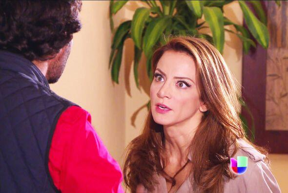 Fernando se va a enterar de la doble vida de Ana. ¡Haz algo antes de que...