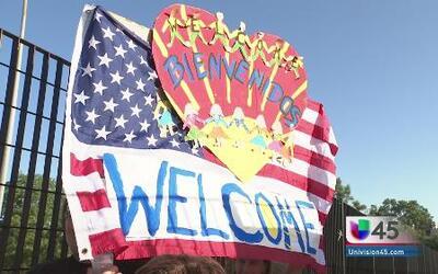 Protestan ambos lados por la crisis fronteriza
