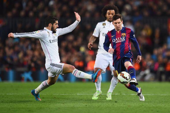 Messi (7): Pegado en la banda derecha en el primer tiempo, no tuvo la in...