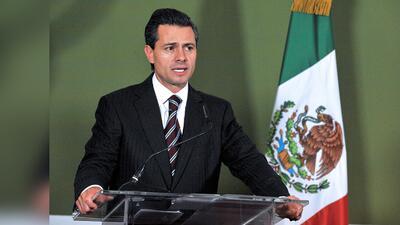 Retiran con éxito nódulo tiroideo a presidente de México