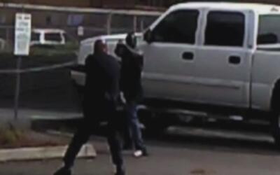 FBI investigará muerte de hombre negro a manos de la policía en California