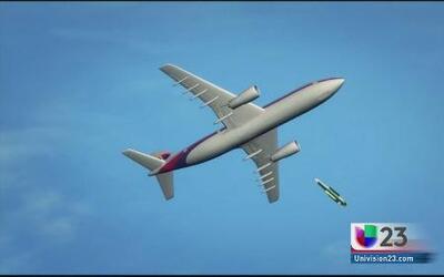 Avión malasio sería derribado por proyectil que salió desde tierra