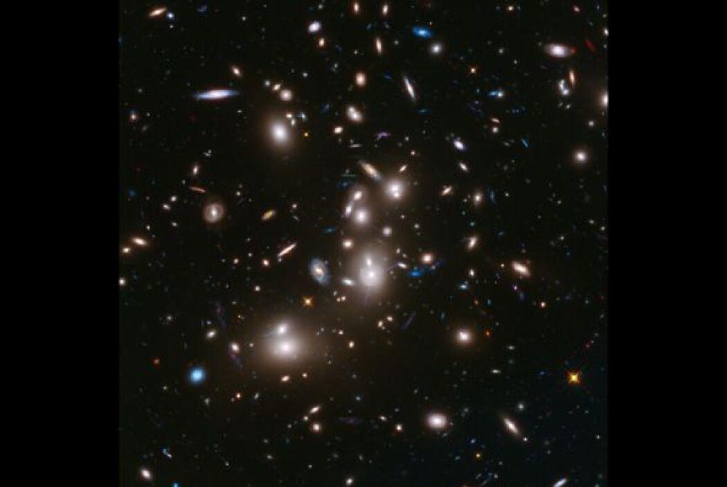 Esta son las galaxias más lejanas jamás fotografiadas | Están a 13.200 m...