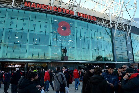 El estadio Old Trafford recibía el duelo más esperado de la jornada ingl...