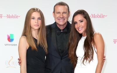 Ya huele a suegro: Alan Tacher defendió a sus hijas hasta de Orlando Segura