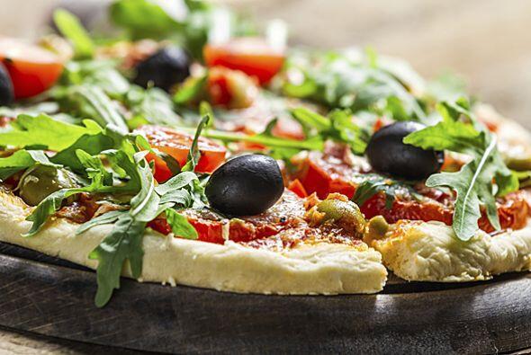 La pizza fue creada en Nápoles, Italia y su popularidad ha sido tan gran...