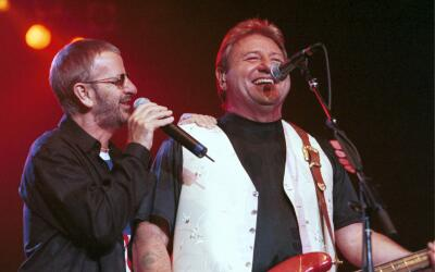 393912 07: Former Beatle Ringo Starr performs live with Greg Lake (of Em...
