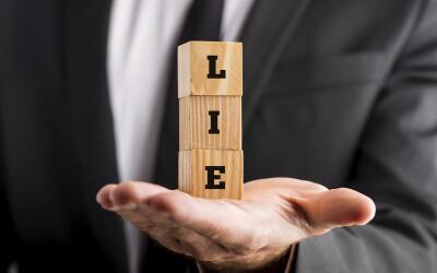 Pareja mentiras
