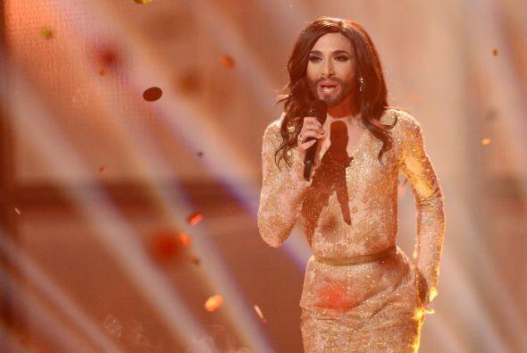 No es la primera vez que Tom participa en concurso de canto, pues en 200...