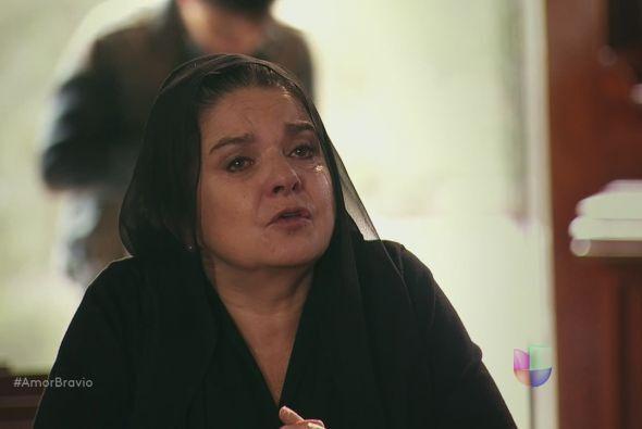 Rosario carga con un gran dolor en su alma y pide ayuda celestial para t...
