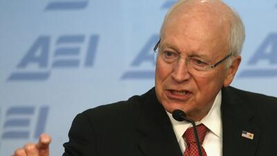 Dick Cheney califica de héroes a agentes de la CIA que realizaron polémi...