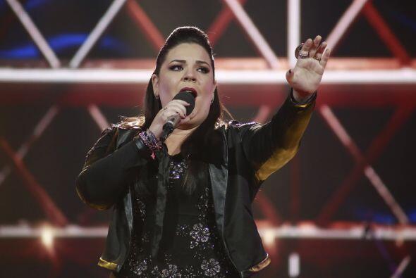 Yazaira cantó contra Fernando Corona.