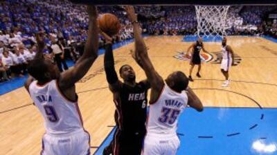 El Miami Heat empató la serie final contra el Thunder de Oklahoma al gan...