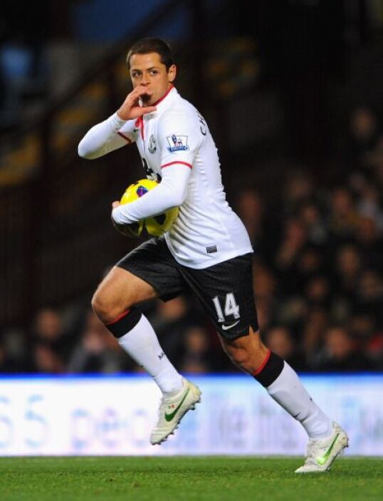 Manchester United remontó un 2-0 en contra ante Aston Villa con Javier '...