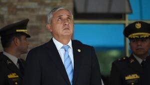 La Fiscalía General de Guatemala pide quitarle el cargo al Presidente