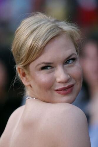 El inconfundible rostro de Renee se puso de moda. Mira aquí lo último en...