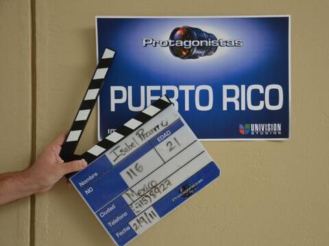 La noche anterior llegó la producción a Puerto Rico para c...