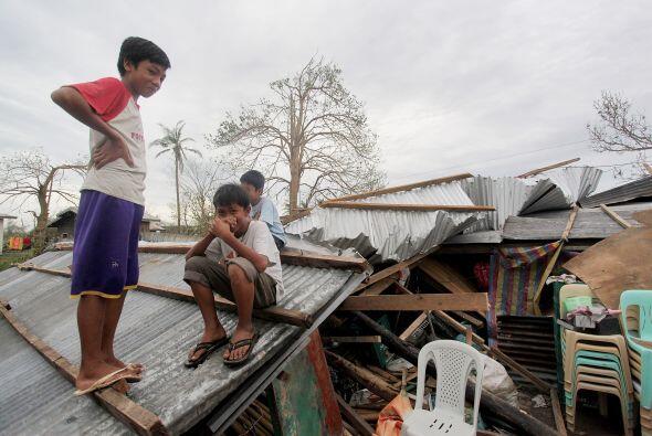 En la provincia de Pangasinan (oeste), también afectada, varios d...