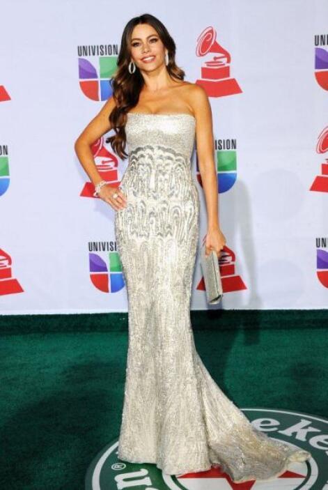 Así vimos a la guapísima Sofía Vergara en Latin GRAMMY 2011. No deja de...