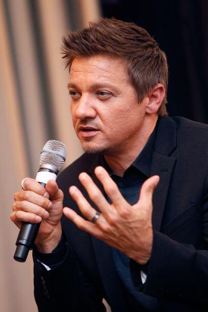 Jeremy Renner habló de las dificultades que tienen los actores y la pers...