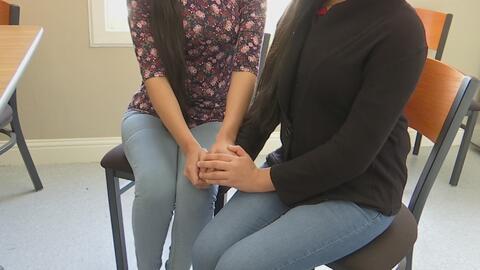 Dos hermanas de Guatemala denuncian supuestos abusos sexuales de agentes...