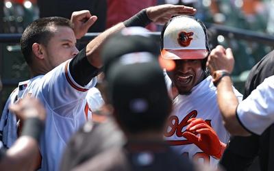 Los Orioles tratarán de barrer esta serie de cuatro juegos el lunes por...