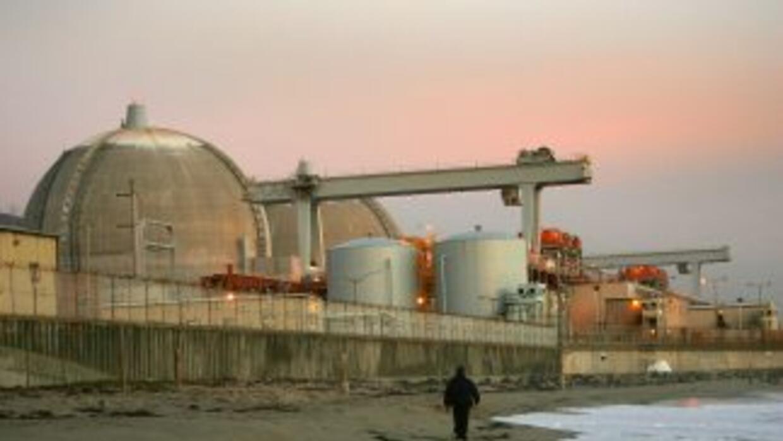 Una planta nuclear, ubicada en la costa californiana, cerca de una falla...
