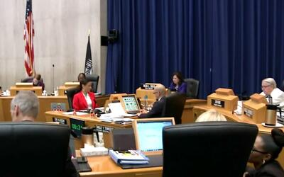 Junta de Supervisores de Los Ángeles aprobó moción en contra del acoso y...