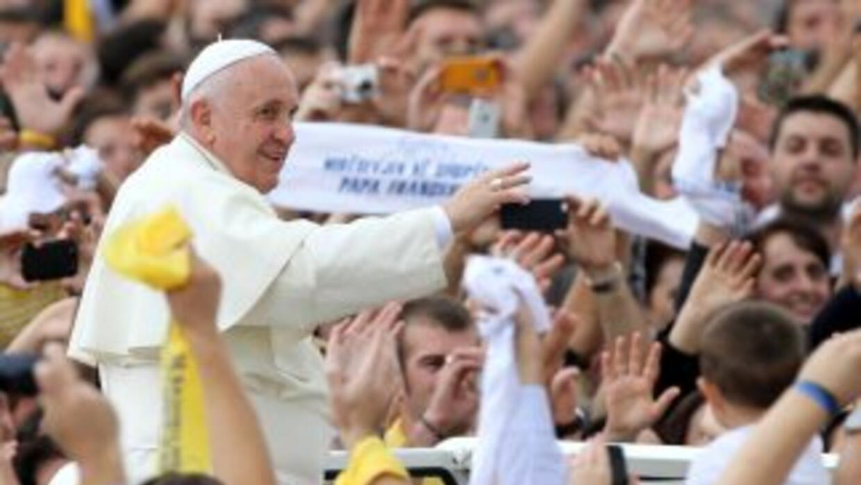 El papa Francisco en Tirana, la capital de Albania.