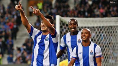 Porto 4-0 Belenenses: Los dragones golean y son líderes