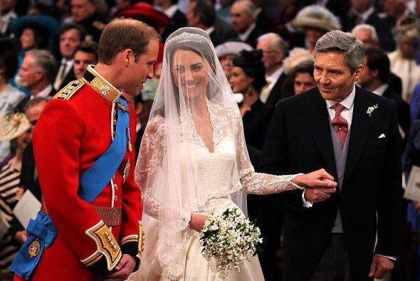 La complicidad de los novios durante la ceremonia fue total.