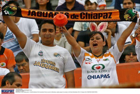 Ahí está, gritando a toda voz por el único mexicano que quedó en la copa...