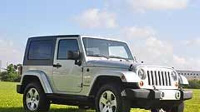 Recall casi 600 mil vehículos Chrysler en EU 1a925206eedf4e3db86d7ab972d...
