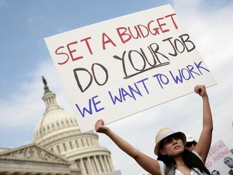 Millones de estadounidenses, de acuerdo a encuestas, se han mostrado inc...