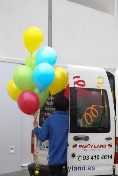 De entrada, ¡decenas de globos! Mira aquí los videos más chismosos.