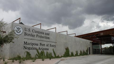 Puerto de entrada Mariposa en Nogales, Arizona