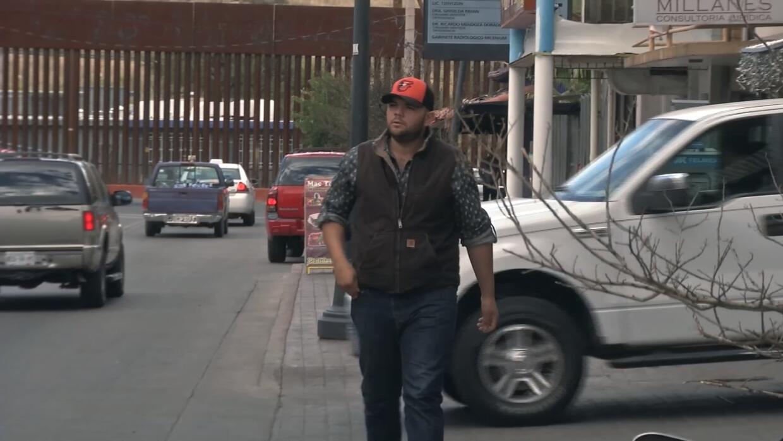 """""""En dos horas te cambian la vida"""": joven deportado a México se siente ví..."""