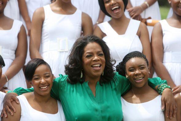 2. Oprah Winfrey  ¿Quién ocupa el mismo lugar en el mercad...