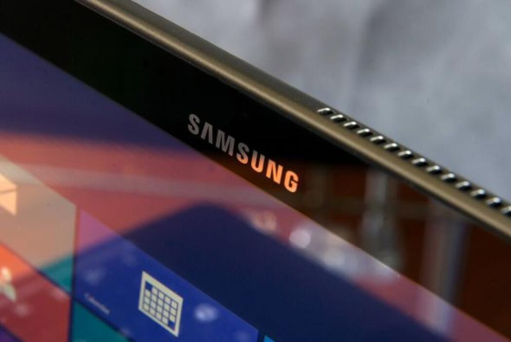 La tableta de Samsung ATIV Smart PC Pro es fácil de usar y su teclado es...