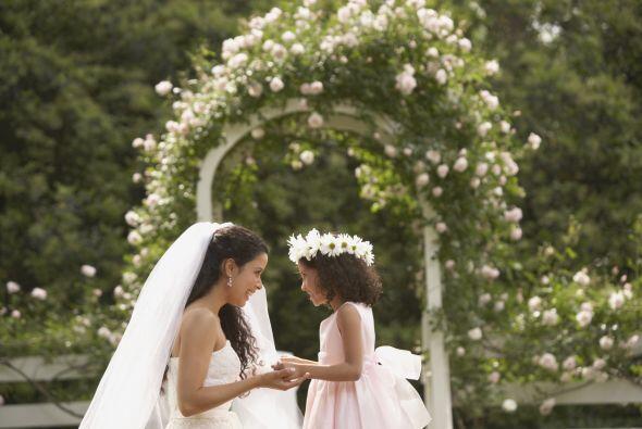El paquete te ofrece vestirte de novia, casarte, tomarte fotos y dem&aac...