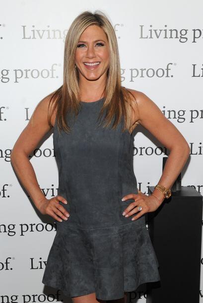 Jennifer Aniston tiene un cuerpo tan ardiente que hasta el aire acondici...