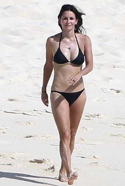 ¡Otra madurita que nos deja boquiabiertos es la actriz Courteney C...