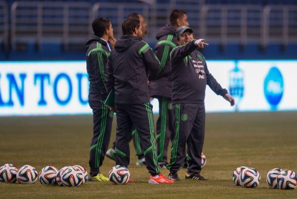 8.- Con Miguel Herrera el equipo siempre va a salir a jugar igual, no im...