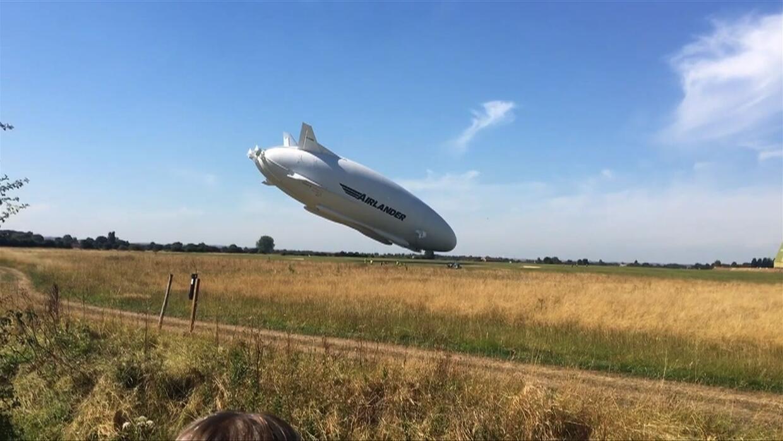 Vean cómo se choca contra el suelo la aeronave más grande del mundo