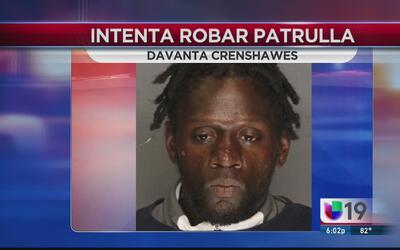 Arrestan a hombre que intentó robar una patrulla en Stockton