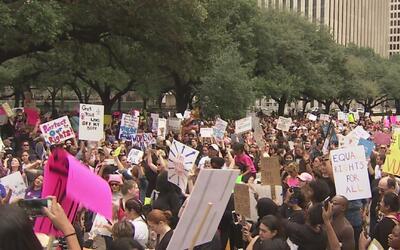 De manera pacífica se llevó a cabo la marcha de las mujeres en Houston