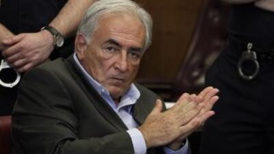 El ex titular del FMI ha admitido que tuvo relaciones sexuales con mujer...