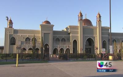 Piden vigilancia extra para mesquitas en Houston