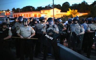 En Un Minuto: enfrentamientos se intensifican en Misuri